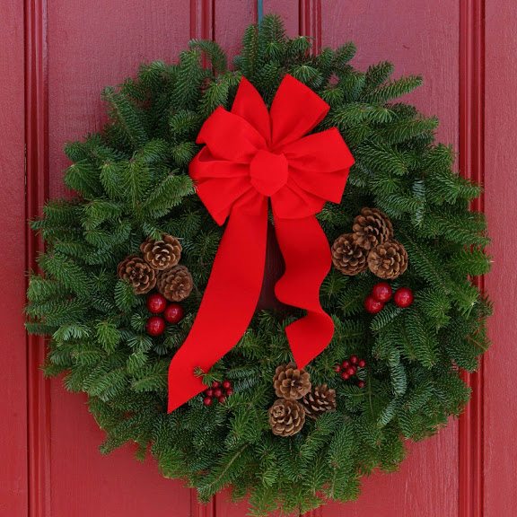 Worcester Christmas Wreath Classic 24-Inch Maine Balsam Christmas Wreath