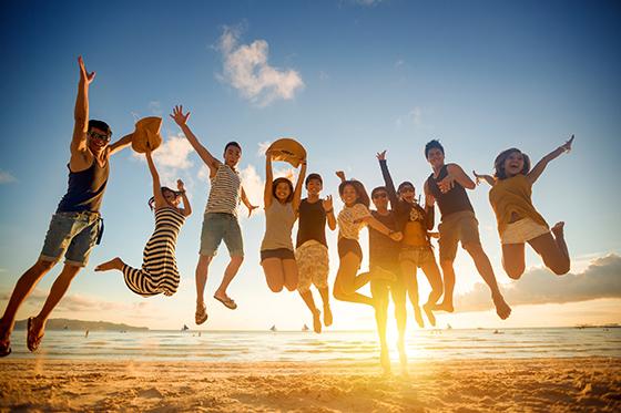 Hãy dành thời gian vui chơi cùng bạn bè
