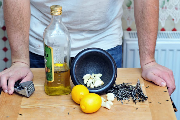 Razvan Anton lamaie usturoi rozmarin ulei de masline