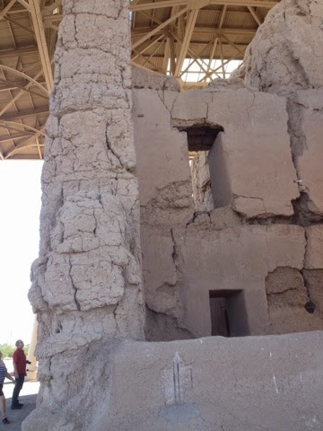 Adobe walls, Caliche building blocks, Casa Grande walls