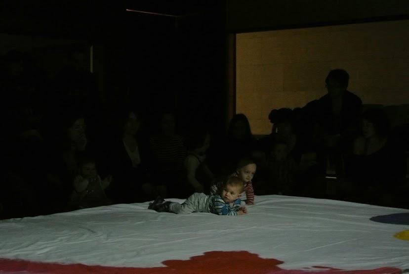 Asturias con niños: a dónde vamos hoy? A Pixit, teatro para bebés
