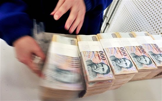 Robo de papel moneda