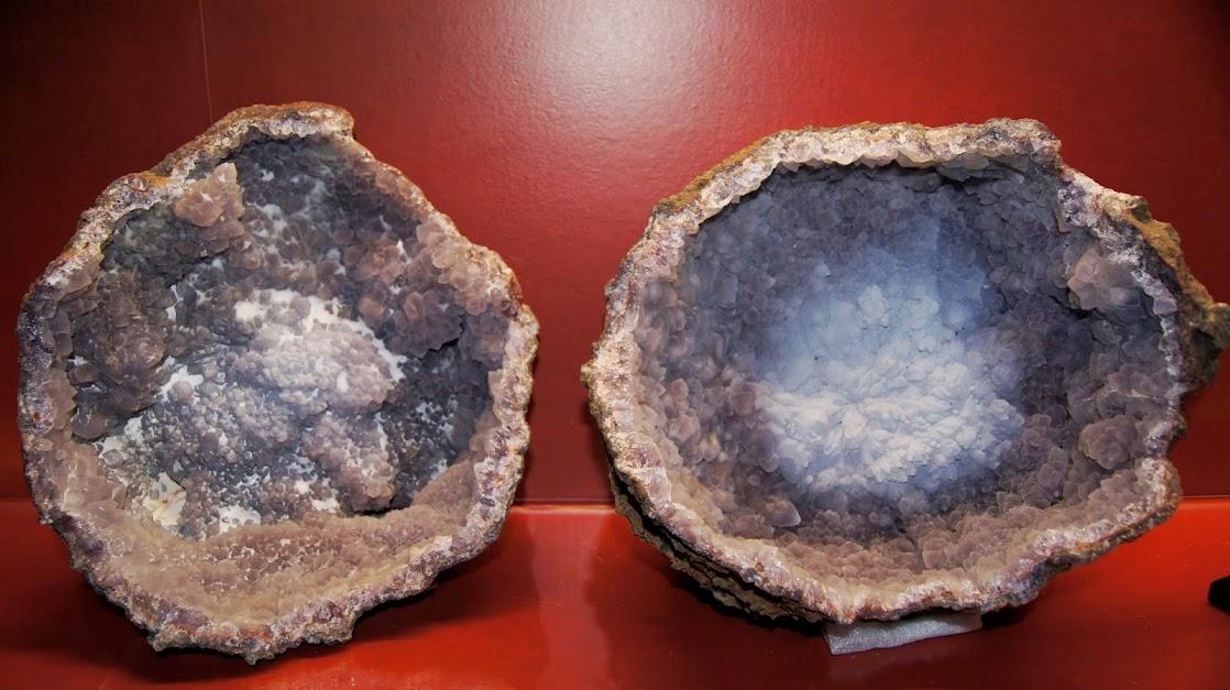 Colección de Geodas y demás piezas. Calcedonia+y+Amatista