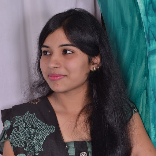 Nusrat Qureshi Photo 11