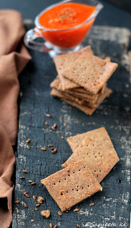 Recipes | Flax Seed Crackers and Red Bell Pepper Dip