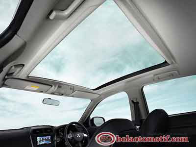 Sunroof Mitsubishi outlander sport