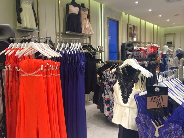 fashion-lipsy-south africa-rosebank-dresses-shoes-casual-formal-swimwear-store