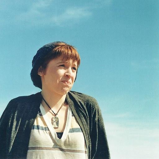 Suzannah Linnekin Photo 3