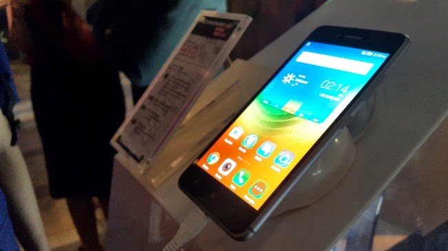 Lenovo Launches Livo, Smartphone for Youth Style