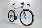 Sarto Davanti SRAM Red 22 Complete Bike at twohubs.com