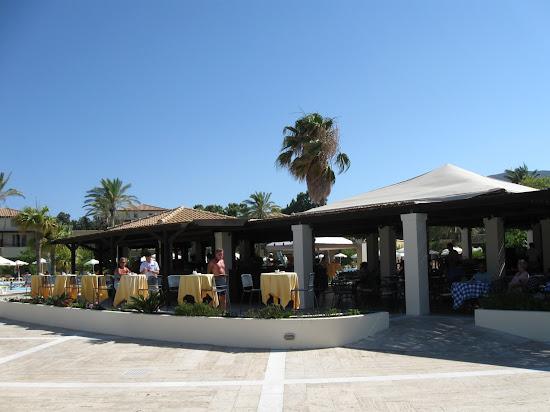 grecotel kos imperial - bar przy basenie