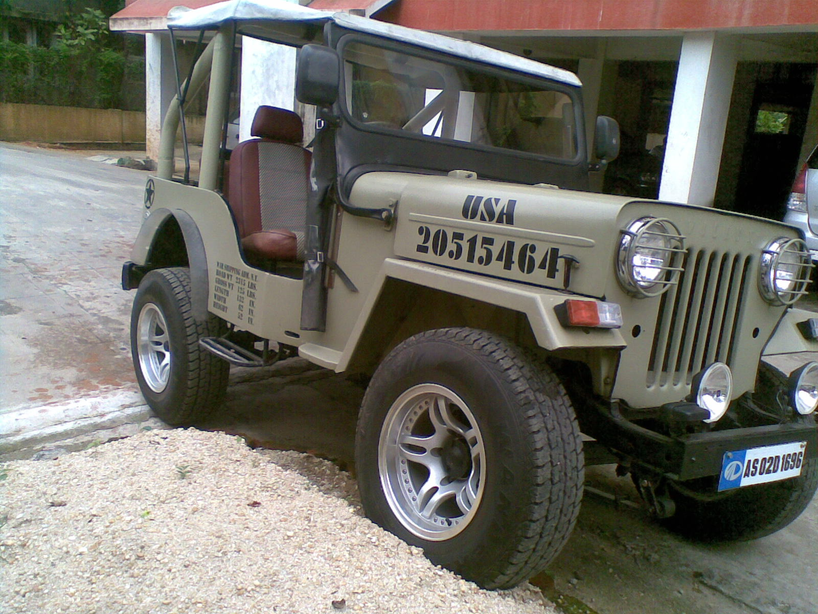 Automotive Craze Mahindra Cut Chase Jeeps