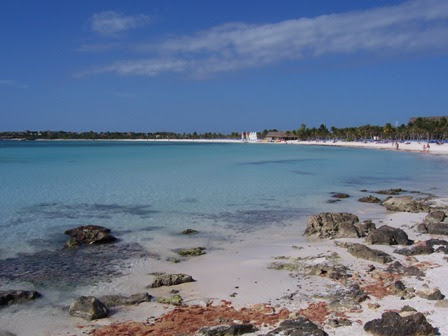 Praia na Riviera Maya