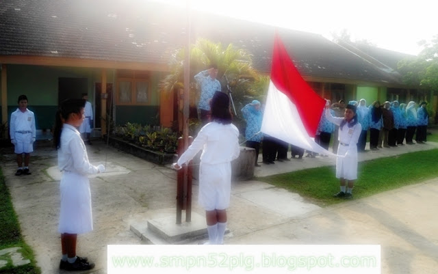 Dokumentasi Upacara Hardiknas di SMPN 52 Palembang