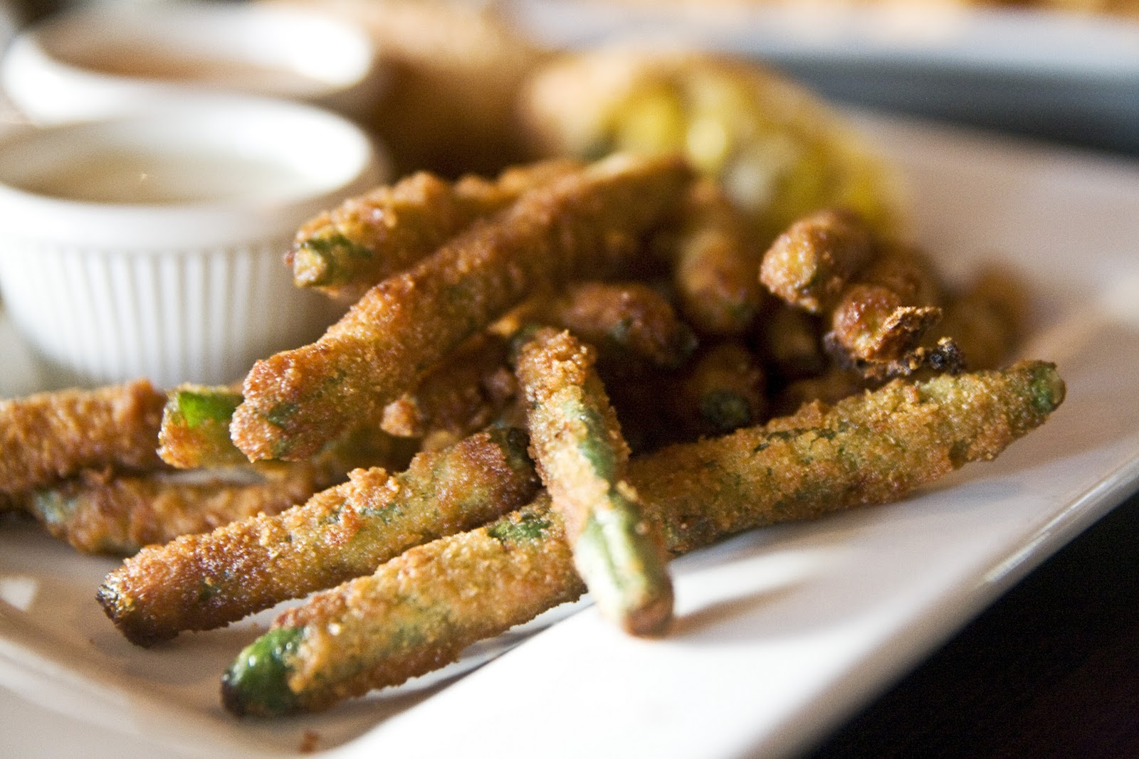Fried Green Beans Fresh Green Beans Battered With Corn Meal And Fried Comes With A Ranch And Spicy Dipping Sauce