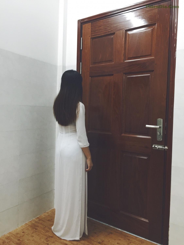 Ảnh Sex Việt - Cô giáo dâm đãng trong bộ áo trắng mỏng đón xuân