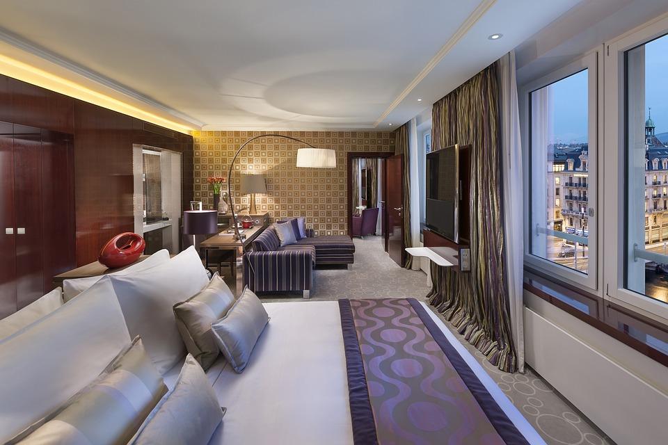 hotel-595121_960_720.jpg
