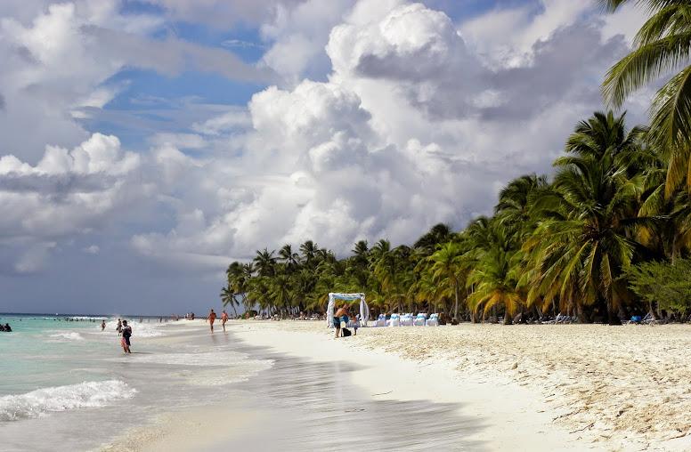 https://lh5.googleusercontent.com/-jePslANfoAY/VH0GYl4pmKI/AAAAAAAALiw/SPH0iVwcKgg/w776-h508-no/Dominikana%2B2014%2B234.JPG