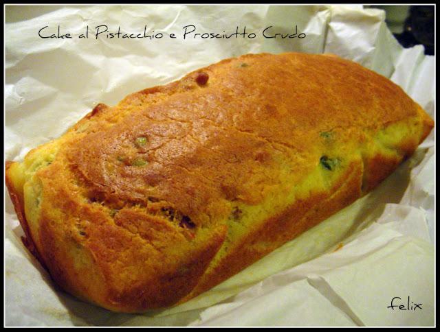 Cake ai Pistacchi e Prosciutto Crudo