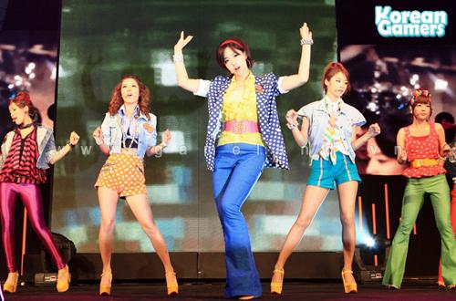 Sao Kpop hội tụ tại Dungeon & Fighter Festival 3