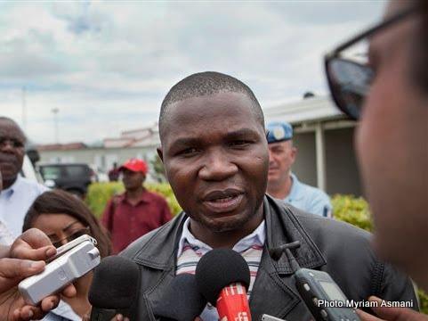 Julien Paluku, gouverneur du Nord-Kivu, interrogé par la presse à Goma (Photo Myriam Asmani)