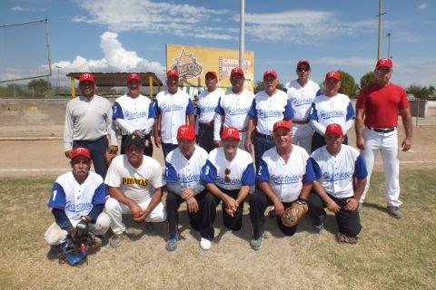 Equipo Hipertensos del torneo de softbol de segunda fuerza