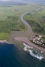 Vista aérea parcial de los terrenos y costas que comprenden la Hacienda La Esperanza