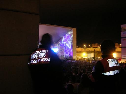Voluntarios de Málaga y Benalmádena cubriendo la seguridad del evento.