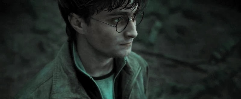 Screen Shot Of Hollywood Movie Harry Potter And The Deathly Hallows Part 2 (2011) In Hindi English Full Movie Free Download And Watch Online at alldownloads4u.com