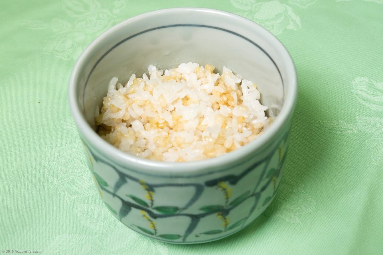 食事:北竜町産米おぼろづき発芽玄米御飯