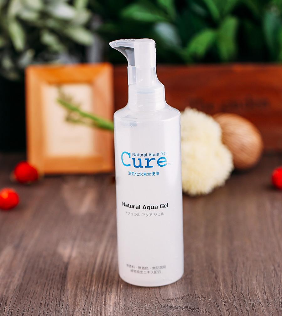 Gel tẩy tế bào chết Cure Natural Aqua Gel là gì?