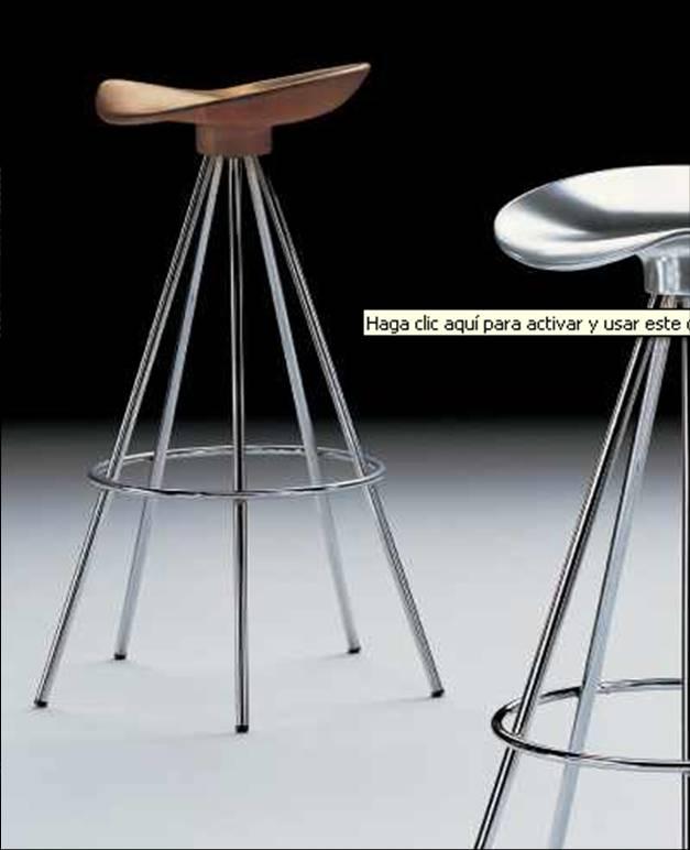 Stands en madera metal y sistema modular mobiliario para for Sillas tipo bar en madera