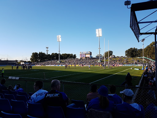 Bulldogs Rugby League Club, Football Club, Edison Ln, Belmore NSW 2192, Reviews