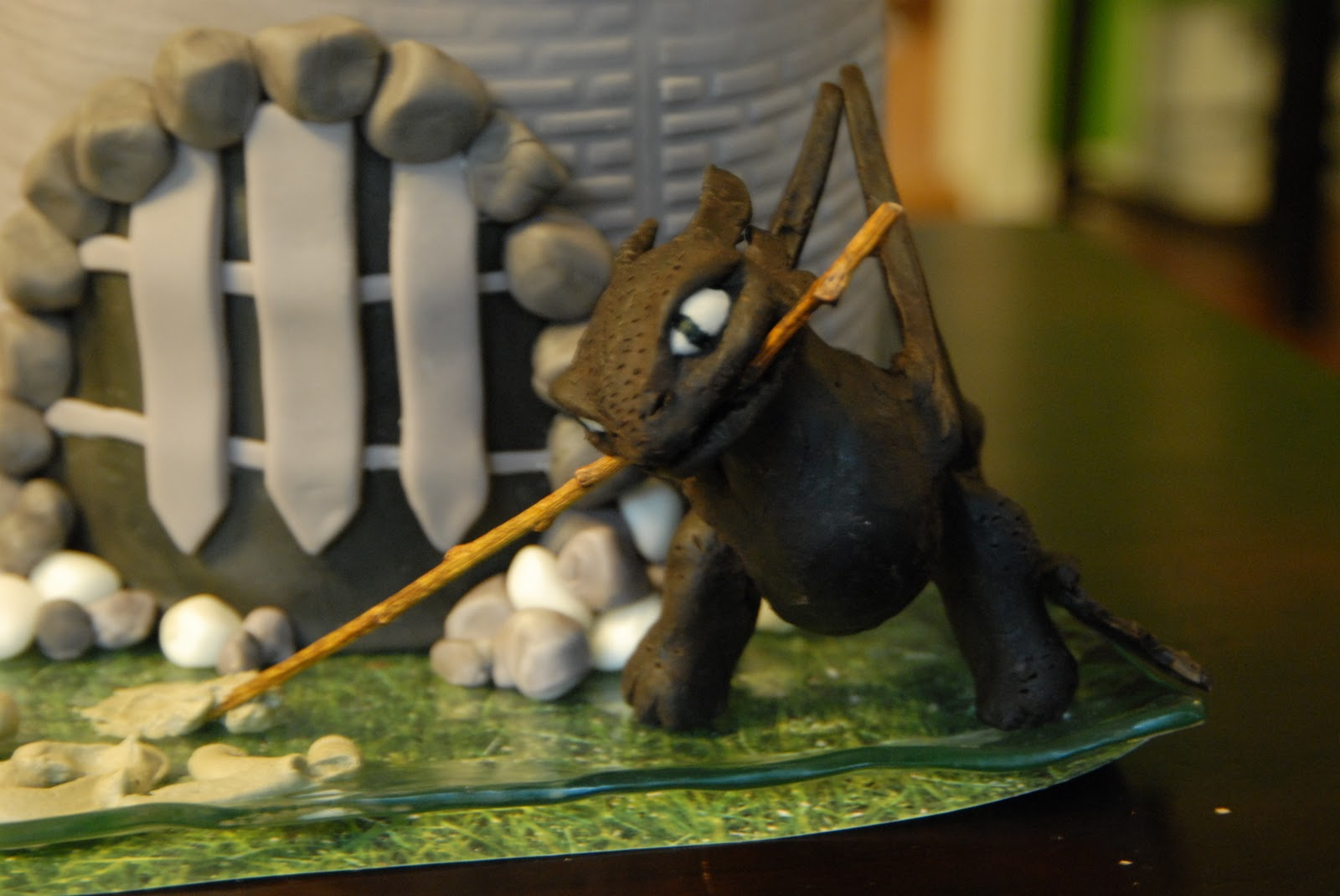 Cakelicious: Toothless Cake