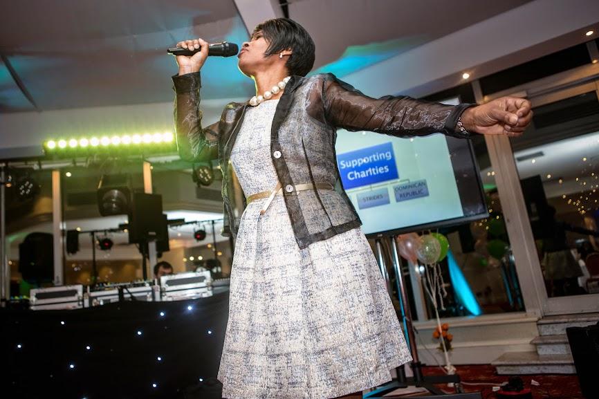 singing-lady