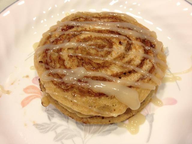 Pintested Recipes: Cinnamon Roll Pancakes