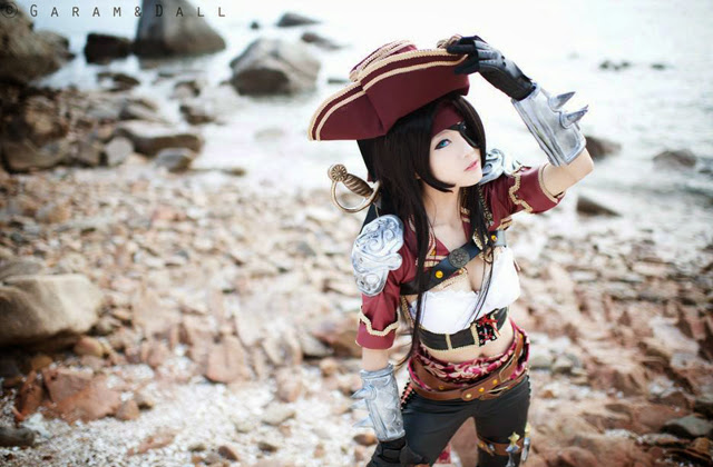 "Miyuko khoe trọn bộ cosplay Katarina ""cướp biển"" - Ảnh 8"