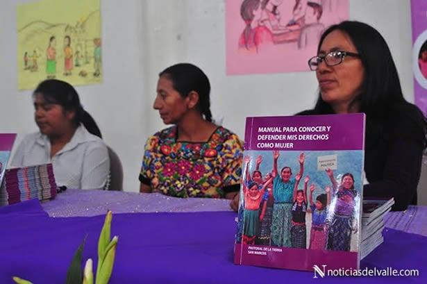Presentan Manual para conocer y defender derechos de la mujer
