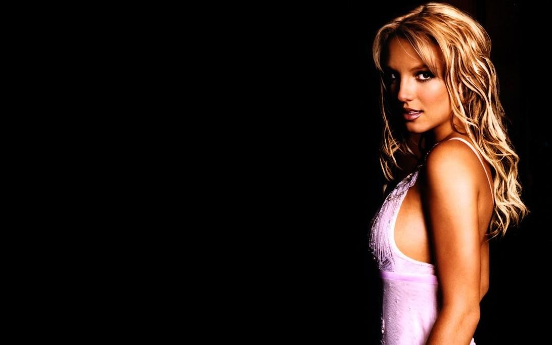 Britney Spears Wallpaper 2