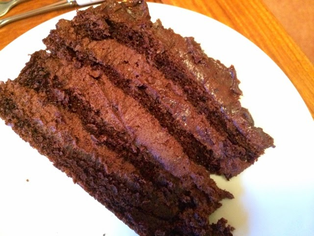 chocolate-mousse-layer-cake