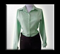 Blusas de uniformes para oficina con un toque de elegancia.