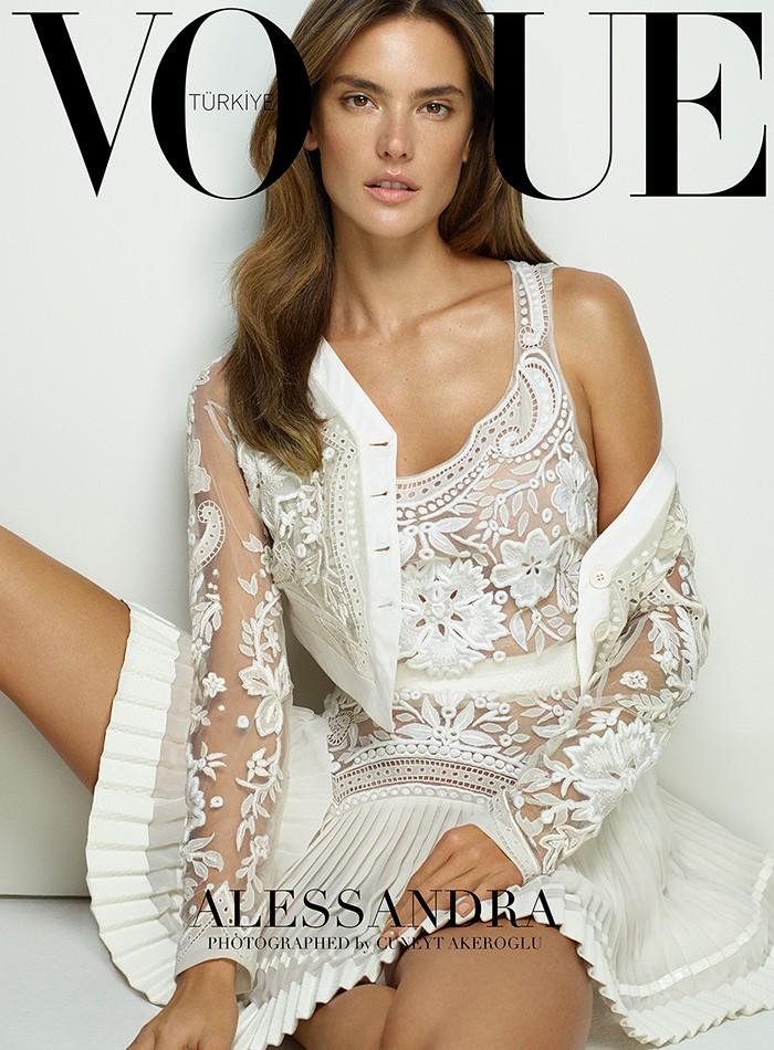 EDITORIAL: Vogue Turkey March 2015