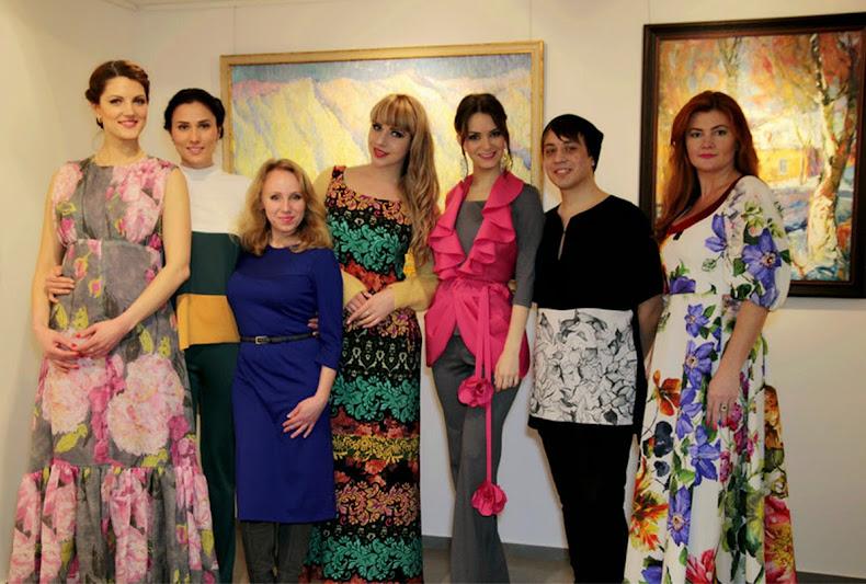 Участницы показа мод Татьяны Островерховой - публичные персоны