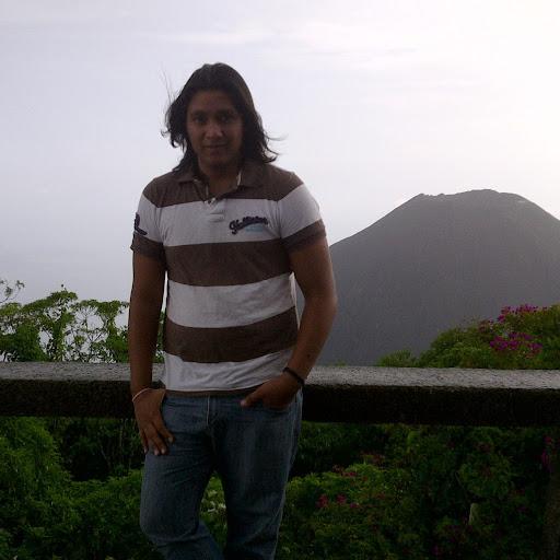 Ricardo Mena Photo 33