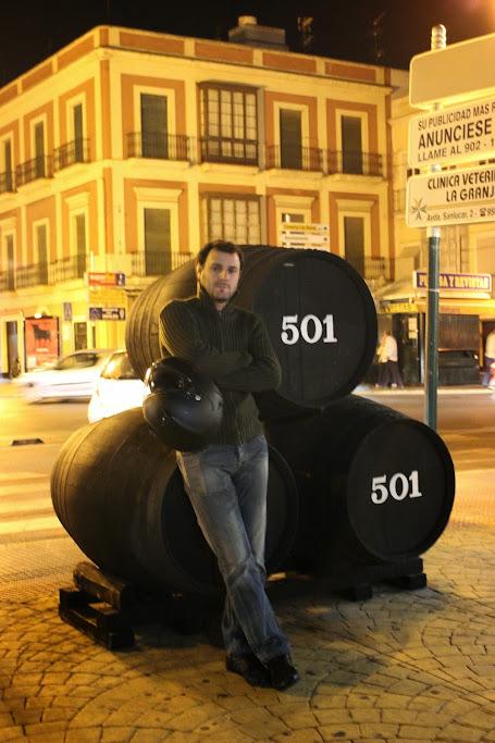 Carregar a bateria da moto até... Gibraltar IMG_4466