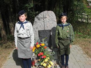 Odwiedzamy pomnik
