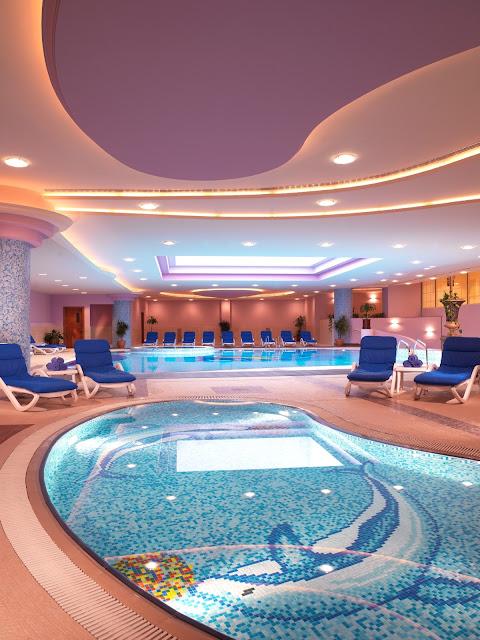 Al Raha Beach Hotel nightview