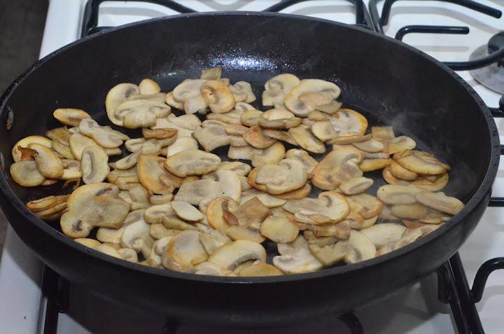 D7K 0545 Картошка с грибами в сливках