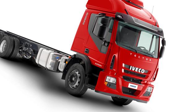 Nova geração Iveco Tector: Alto padrão de conforto, economia e versatilidade no segmento de semipesados 8186