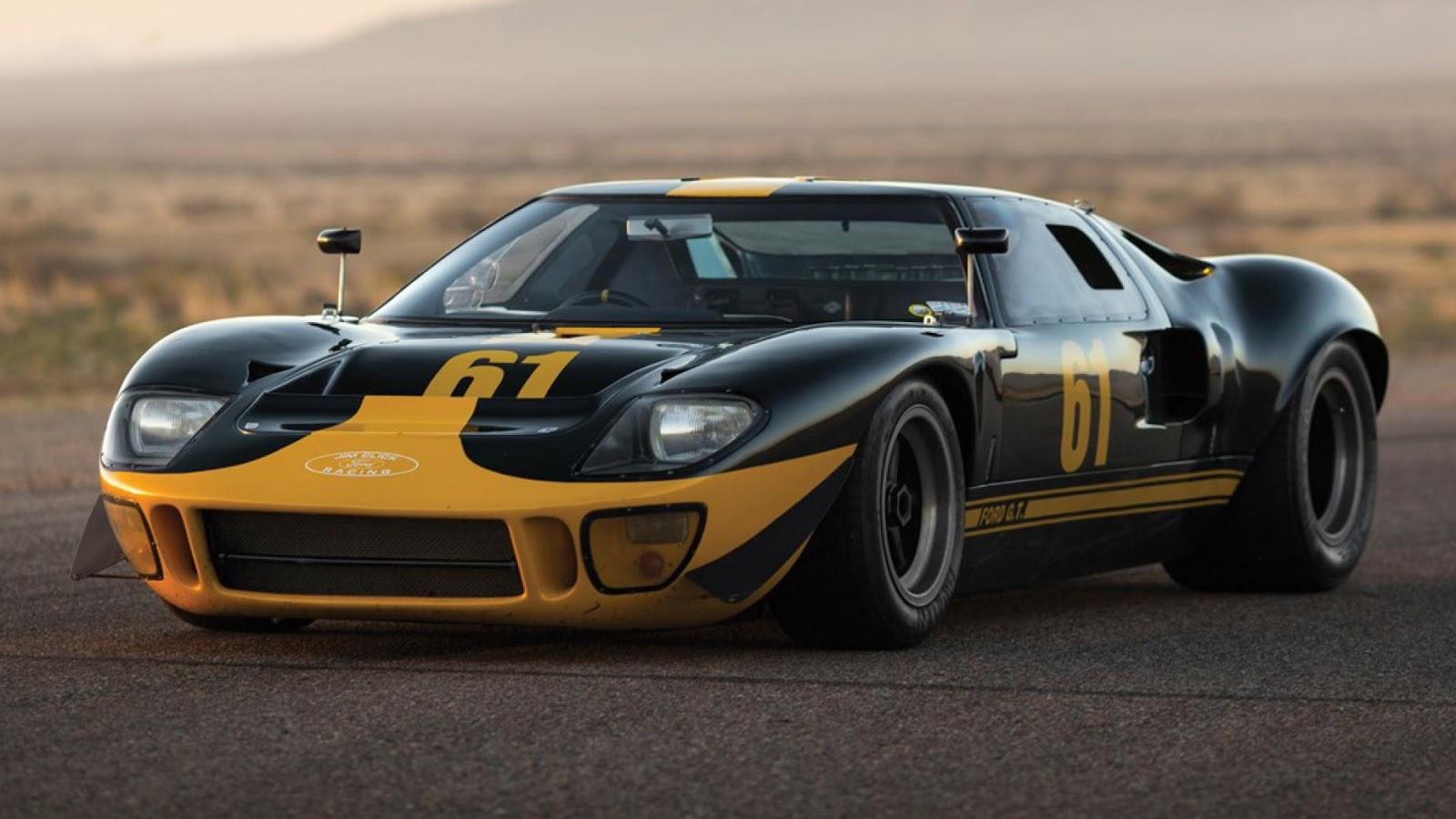"1966 Ford GT40 ""P / 1061"""